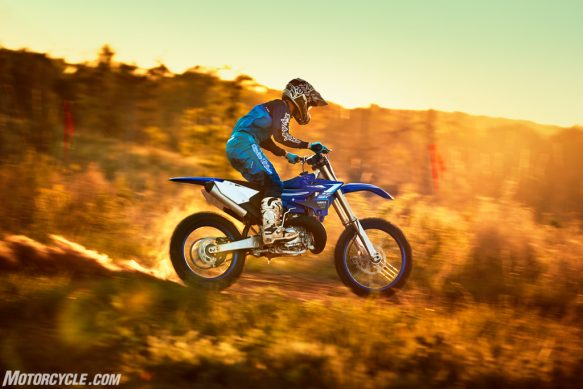 20_YZ250X_TeamYamahaBlue_Additional02-2