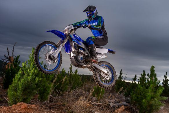 20_WR250F_Team Yamaha Blue_Action_065