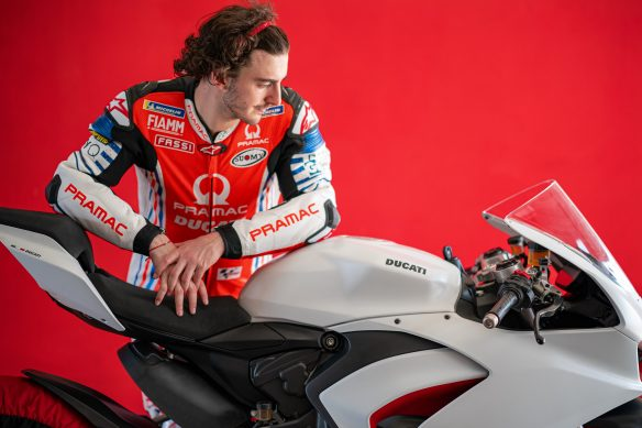 DUCATI_PANIGALE_V2_AMBIENCE _26__UC174114_High